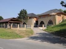 Vinné sklepy a ubytování Skalák