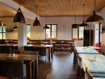 restaurace-u-vech-kukaek-modrava-4